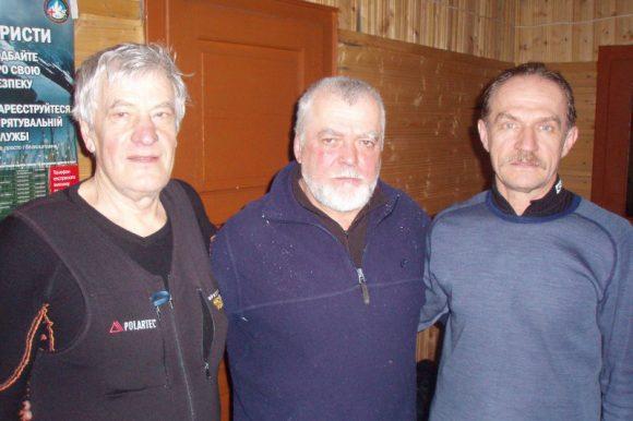 С лева направо - Бланковский Анатолий, Колотило Иван, Клиндух Сергей