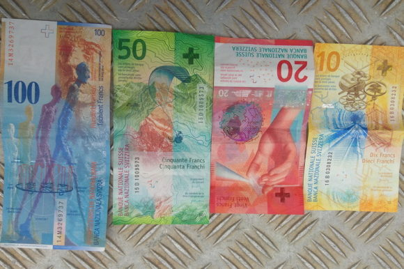 Ничего личного, Швейцарские деньги